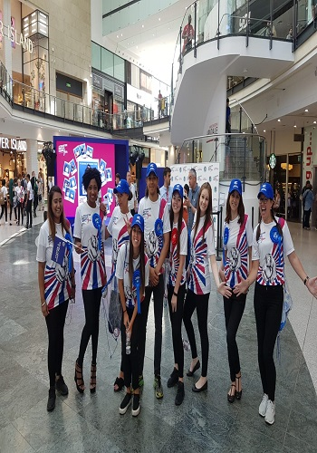 hire a flashmob for a shopping centre in Leeds